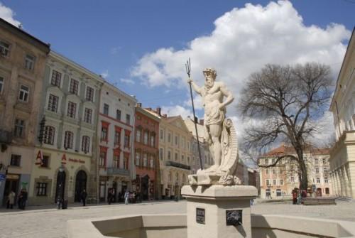 ArticleImages_1445_Lviv002.jpg