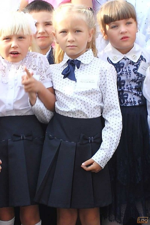 Girls_School_Uniform-7.jpg